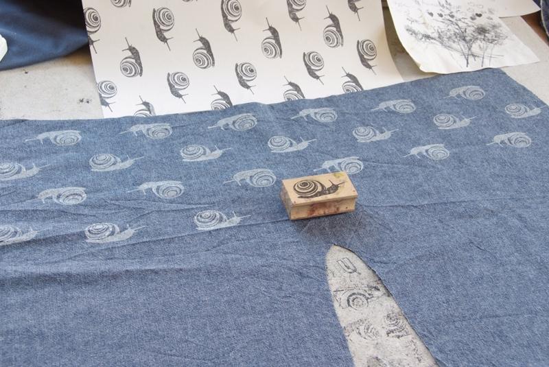 babyhose mit selbstgedrucktem schneckenmuster stempel jazz. Black Bedroom Furniture Sets. Home Design Ideas