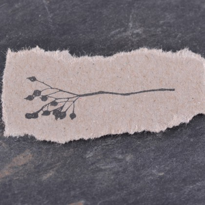 Stempelabdruck-Hagebuttenzweig-klein-II