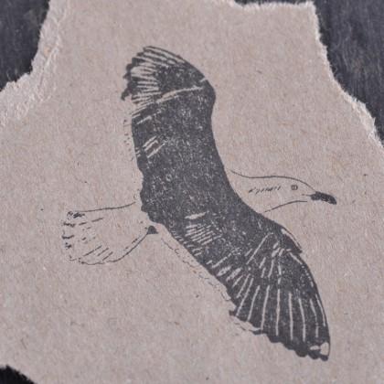 Stempelabdruck-Moewe-fliegend